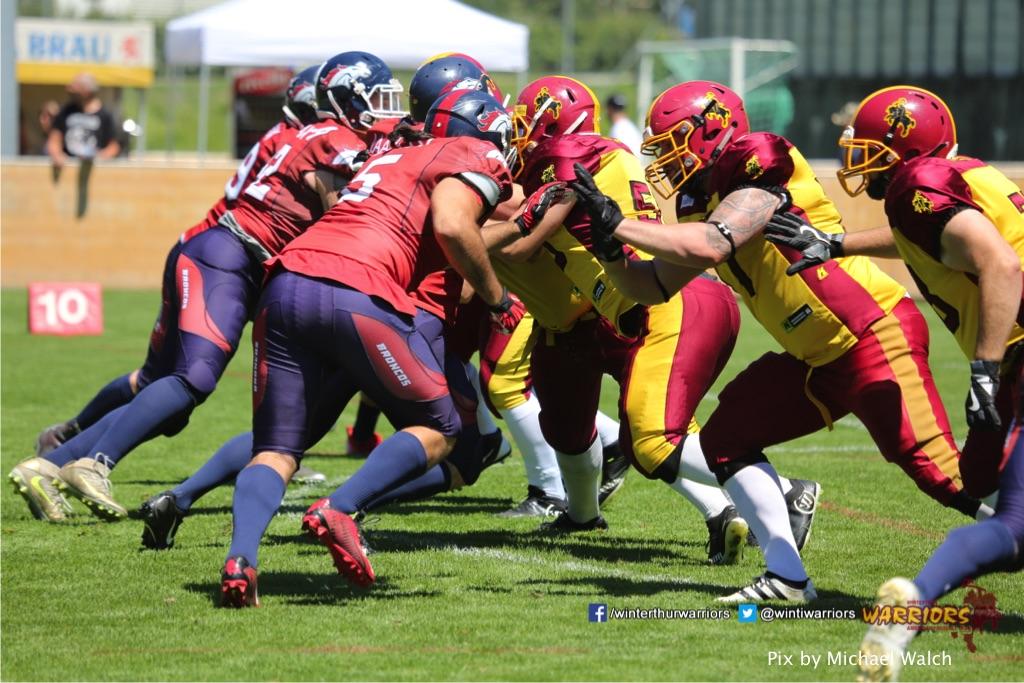 ,beim American Football Spiel zwischen den Calanda Broncos und den Winterthur Warriors , am Sonntag dem, 18. Juni 2017 auf dem Sportplatz Ringstrasse in Chur. (TOPpictures/Michael Walch)Bild-Id: WAM_00037