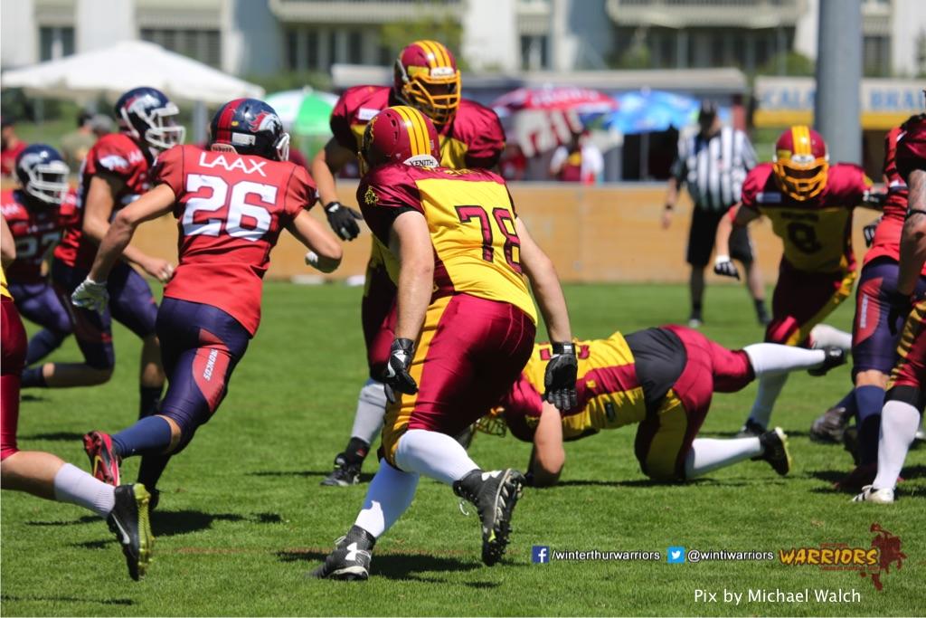 ,beim American Football Spiel zwischen den Calanda Broncos und den Winterthur Warriors , am Sonntag dem, 18. Juni 2017 auf dem Sportplatz Ringstrasse in Chur. (TOPpictures/Michael Walch)Bild-Id: WAM_00039