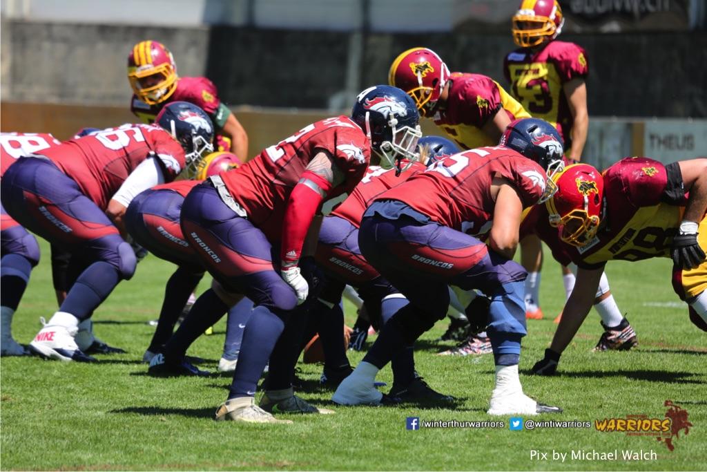 ,beim American Football Spiel zwischen den Calanda Broncos und den Winterthur Warriors , am Sonntag dem, 18. Juni 2017 auf dem Sportplatz Ringstrasse in Chur. (TOPpictures/Michael Walch)  Bild-Id: WAM_00060