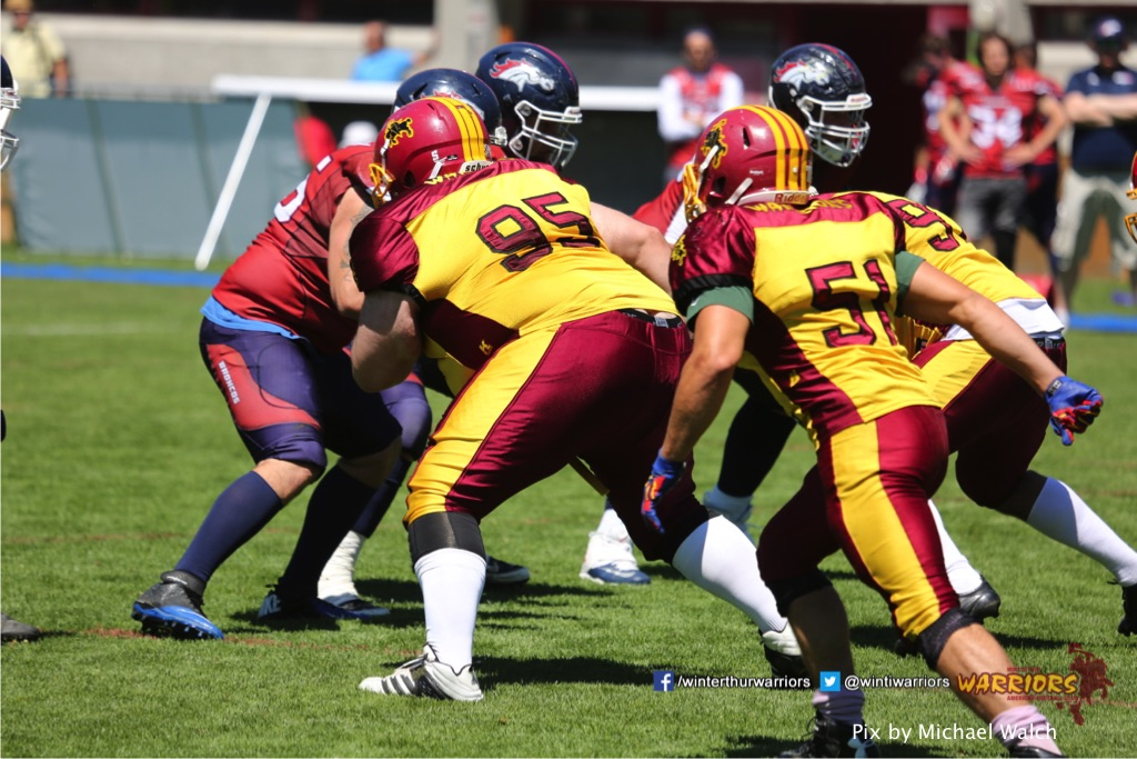 ,beim American Football Spiel zwischen den Calanda Broncos und den Winterthur Warriors , am Sonntag dem, 18. Juni 2017 auf dem Sportplatz Ringstrasse in Chur. (TOPpictures/Michael Walch)  Bild-Id: WAM_00081