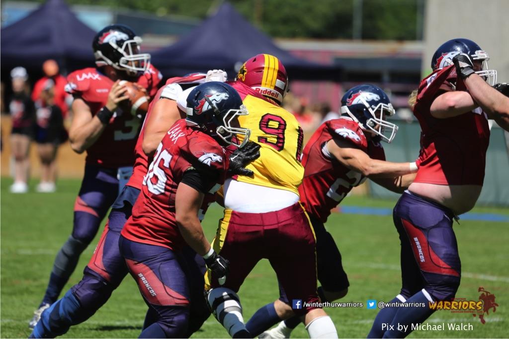 ,beim American Football Spiel zwischen den Calanda Broncos und den Winterthur Warriors , am Sonntag dem, 18. Juni 2017 auf dem Sportplatz Ringstrasse in Chur. (TOPpictures/Michael Walch)  Bild-Id: WAM_00082