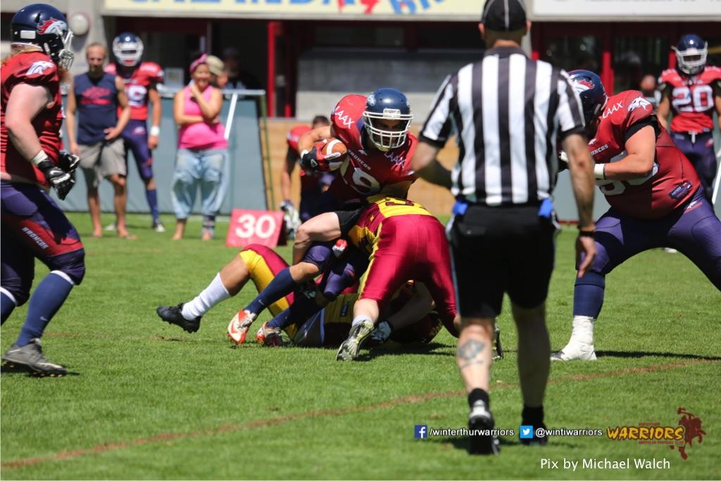 ,beim American Football Spiel zwischen den Calanda Broncos und den Winterthur Warriors , am Sonntag dem, 18. Juni 2017 auf dem Sportplatz Ringstrasse in Chur. (TOPpictures/Michael Walch)  Bild-Id: WAM_00084