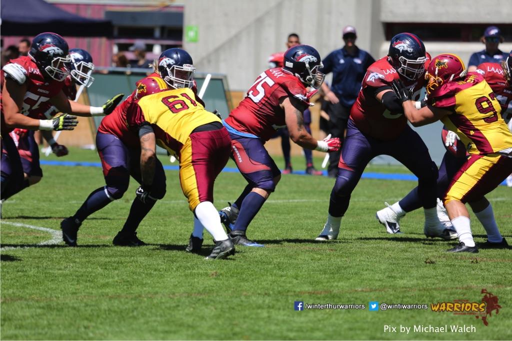 ,beim American Football Spiel zwischen den Calanda Broncos und den Winterthur Warriors , am Sonntag dem, 18. Juni 2017 auf dem Sportplatz Ringstrasse in Chur. (TOPpictures/Michael Walch)  Bild-Id: WAM_00086