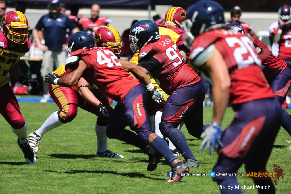 ,beim American Football Spiel zwischen den Calanda Broncos und den Winterthur Warriors , am Sonntag dem, 18. Juni 2017 auf dem Sportplatz Ringstrasse in Chur. (TOPpictures/Michael Walch)  Bild-Id: WAM_00096