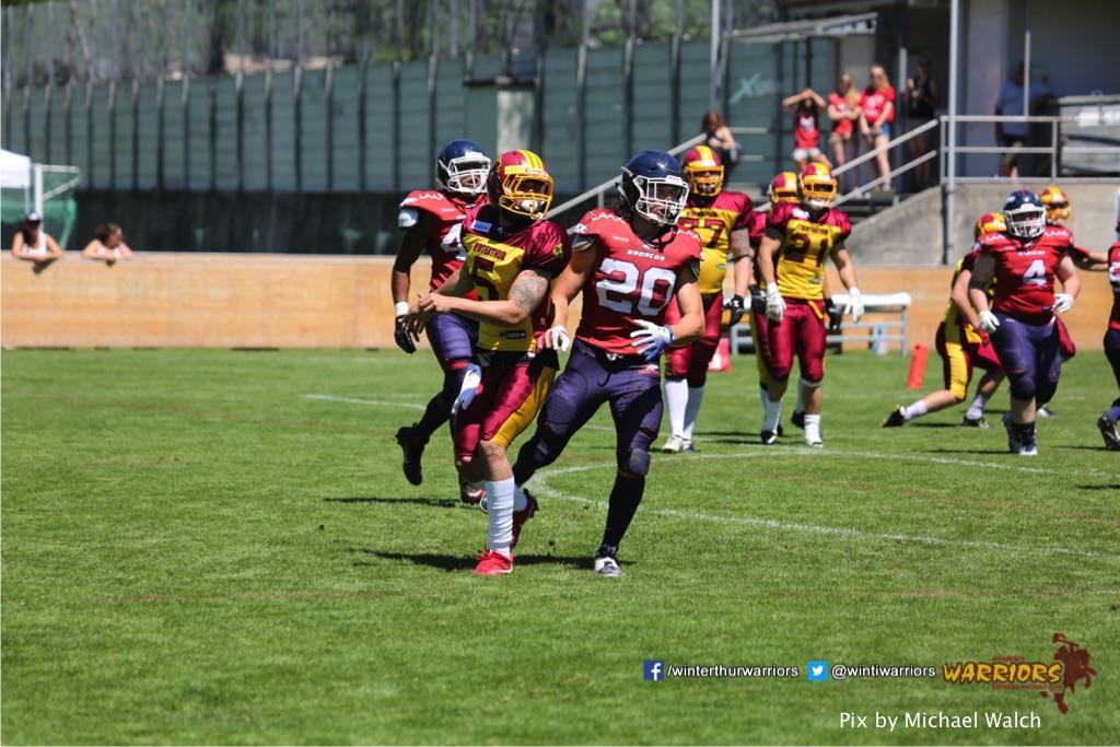 ,beim American Football Spiel zwischen den Calanda Broncos und den Winterthur Warriors , am Sonntag dem, 18. Juni 2017 auf dem Sportplatz Ringstrasse in Chur. (TOPpictures/Michael Walch)  Bild-Id: WAM_00108