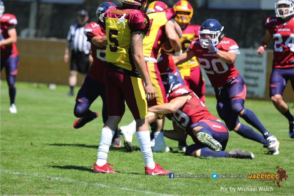 ,beim American Football Spiel zwischen den Calanda Broncos und den Winterthur Warriors , am Sonntag dem, 18. Juni 2017 auf dem Sportplatz Ringstrasse in Chur. (TOPpictures/Michael Walch)  Bild-Id: WAM_00113