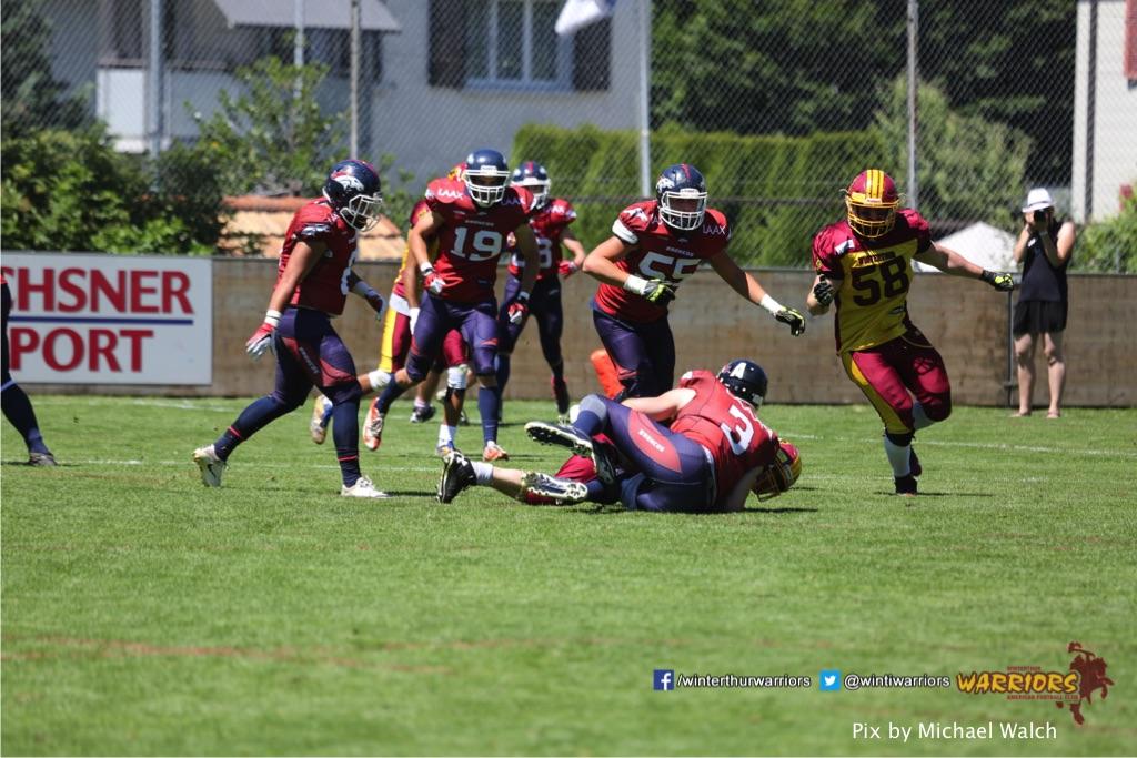 ,beim American Football Spiel zwischen den Calanda Broncos und den Winterthur Warriors , am Sonntag dem, 18. Juni 2017 auf dem Sportplatz Ringstrasse in Chur. (TOPpictures/Michael Walch)  Bild-Id: WAM_00123
