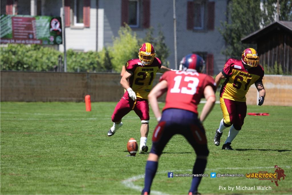 ,beim American Football Spiel zwischen den Calanda Broncos und den Winterthur Warriors , am Sonntag dem, 18. Juni 2017 auf dem Sportplatz Ringstrasse in Chur. (TOPpictures/Michael Walch)  Bild-Id: WAM_00135