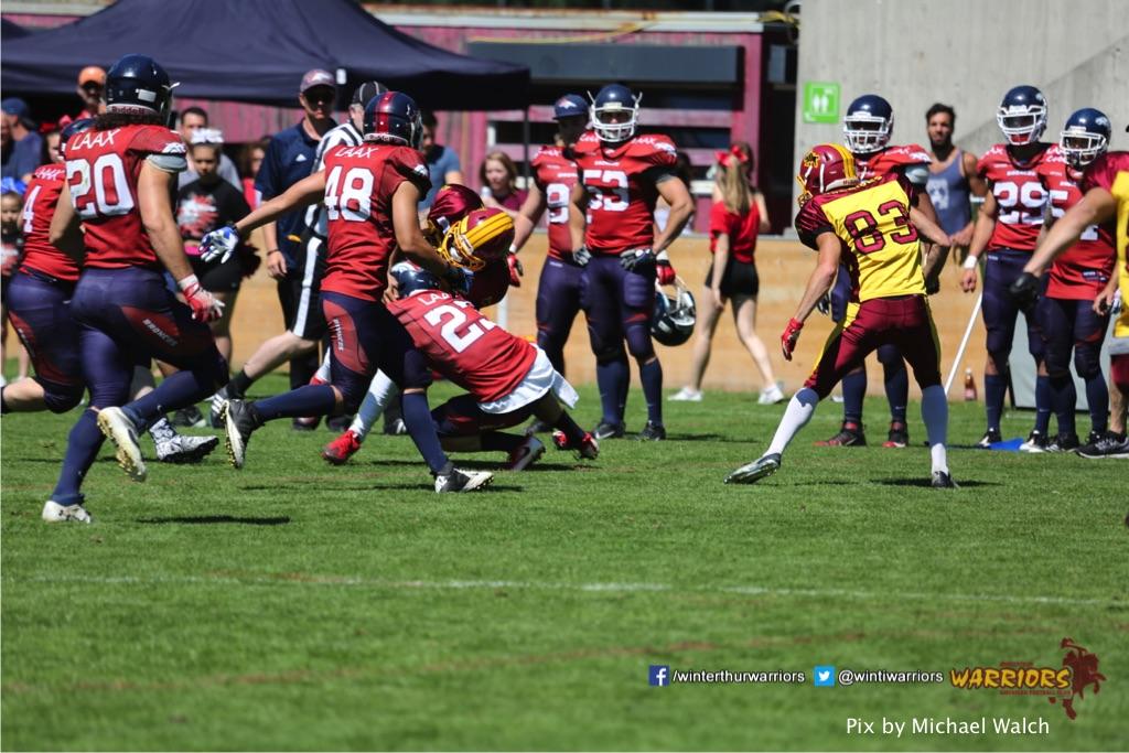 ,beim American Football Spiel zwischen den Calanda Broncos und den Winterthur Warriors , am Sonntag dem, 18. Juni 2017 auf dem Sportplatz Ringstrasse in Chur. (TOPpictures/Michael Walch)  Bild-Id: WAM_00155