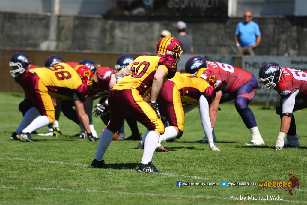 ,beim American Football Spiel zwischen den Calanda Broncos und den Winterthur Warriors , am Sonntag dem, 18. Juni 2017 auf dem Sportplatz Ringstrasse in Chur. (TOPpictures/Michael Walch)  Bild-Id: WAM_00164