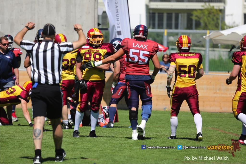 ,beim American Football Spiel zwischen den Calanda Broncos und den Winterthur Warriors , am Sonntag dem, 18. Juni 2017 auf dem Sportplatz Ringstrasse in Chur. (TOPpictures/Michael Walch)  Bild-Id: WAM_00171