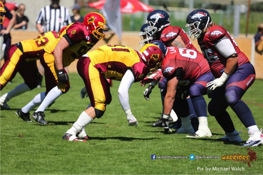 ,beim American Football Spiel zwischen den Calanda Broncos und den Winterthur Warriors , am Sonntag dem, 18. Juni 2017 auf dem Sportplatz Ringstrasse in Chur. (TOPpictures/Michael Walch)  Bild-Id: WAM_00173
