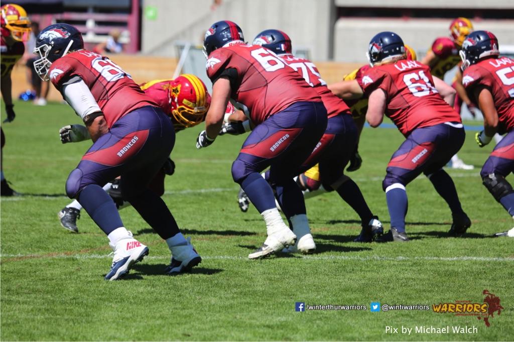 ,beim American Football Spiel zwischen den Calanda Broncos und den Winterthur Warriors , am Sonntag dem, 18. Juni 2017 auf dem Sportplatz Ringstrasse in Chur. (TOPpictures/Michael Walch)  Bild-Id: WAM_00175