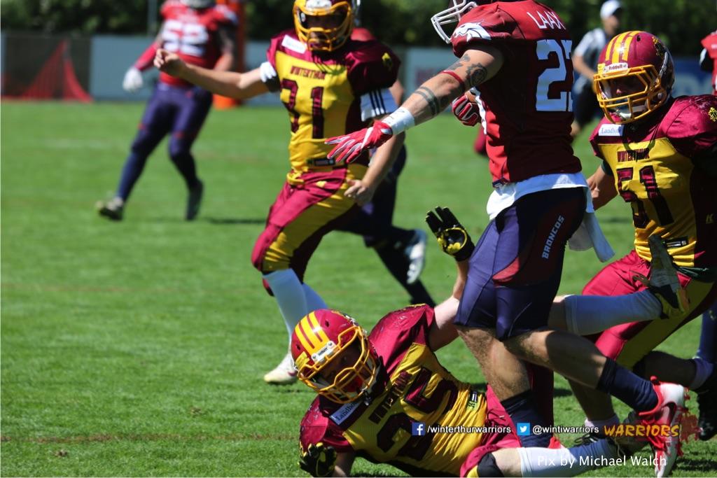 ,beim American Football Spiel zwischen den Calanda Broncos und den Winterthur Warriors , am Sonntag dem, 18. Juni 2017 auf dem Sportplatz Ringstrasse in Chur. (TOPpictures/Michael Walch)  Bild-Id: WAM_00194