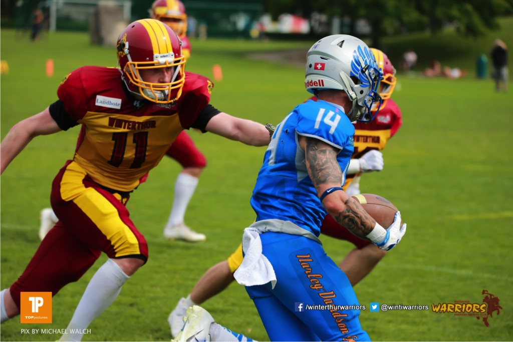 Nicolas Fuerer #11 (Winterthur),beim US-Sports spiel der American Football - NLA zwischen dem Geneva Seahawks und dem Winterthur Warriors, on Sunday,  27. May 2018 im Centre Sportif de Vessy in Genève. (TOPpictures/Michael Walch)  Bild-Id: WAM_42692