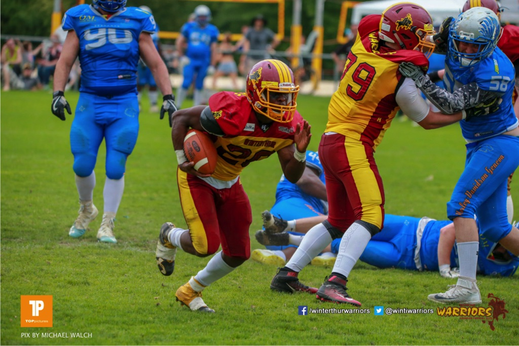 Ovbokhan Ogielegua #26 (Winterthur),beim US-Sports spiel der American Football - NLA zwischen dem Geneva Seahawks und dem Winterthur Warriors, on Sunday,  27. May 2018 im Centre Sportif de Vessy in Genève. (TOPpictures/Michael Walch)  Bild-Id: WAM_42754