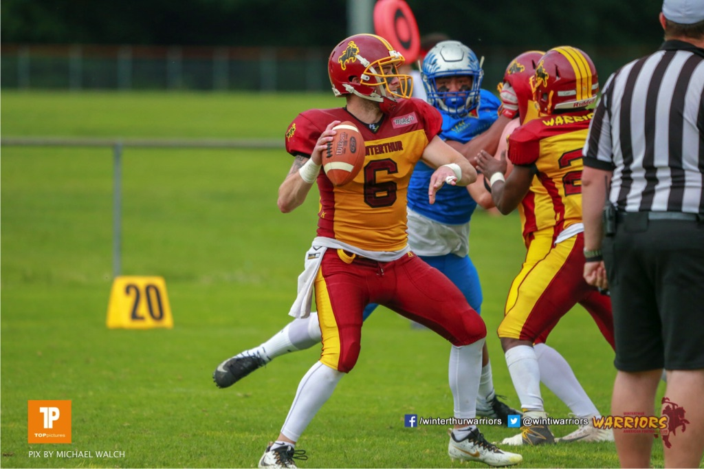 Zach Shaw #9 (Winterthur),beim US-Sports spiel der American Football - NLA zwischen dem Geneva Seahawks und dem Winterthur Warriors, on Sunday,  27. May 2018 im Centre Sportif de Vessy in Genève. (TOPpictures/Michael Walch)  Bild-Id: WAM_42770