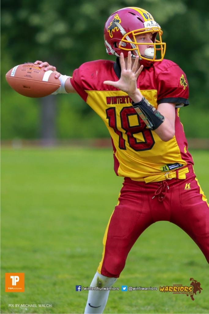 Joel Blanken #19 (Winterthur),beim US-Sports spiel der American Football - U19 zwischen dem Geneva Seahawks und dem Winterthur Warriors U19, on Sunday,  27. May 2018 im Centre Sportif de Vessy in Genève. (TOPpictures/Michael Walch)  Bild-Id: WAM_42523