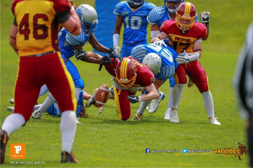 Beim US-Sports spiel der American Football - U19 zwischen dem Geneva Seahawks und dem Winterthur Warriors U19, on Sunday,  27. May 2018 im Centre Sportif de Vessy in Genève. (TOPpictures/Michael Walch)  Bild-Id: WAM_42541