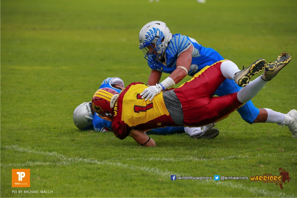 Noe Imark #11 (Winterthur),beim US-Sports spiel der American Football - U19 zwischen dem Geneva Seahawks und dem Winterthur Warriors U19, on Sunday,  27. May 2018 im Centre Sportif de Vessy in Genève. (TOPpictures/Michael Walch)Bild-Id: WAM_42555