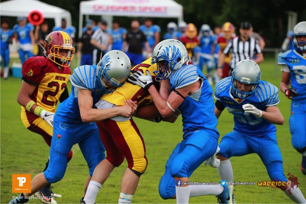 Beim US-Sports spiel der American Football - U19 zwischen dem Geneva Seahawks und dem Winterthur Warriors U19, on Sunday,  27. May 2018 im Centre Sportif de Vessy in Genève. (TOPpictures/Michael Walch)  Bild-Id: WAM_42561
