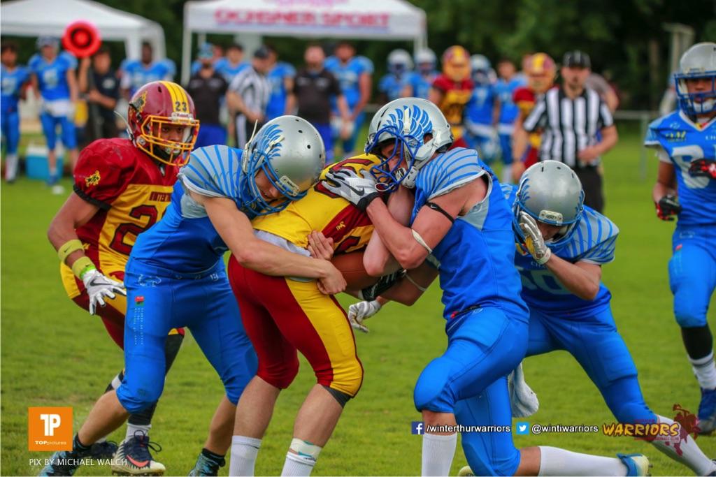 Beim US-Sports spiel der American Football - U19 zwischen dem Geneva Seahawks und dem Winterthur Warriors U19, on Sunday,  27. May 2018 im Centre Sportif de Vessy in Genève. (TOPpictures/Michael Walch)  Bild-Id: WAM_42562
