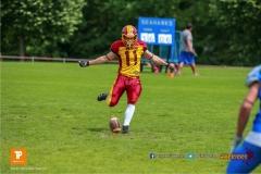 Noe Imark #11 (Winterthur),beim US-Sports spiel der American Football - U19 zwischen dem Geneva Seahawks und dem Winterthur Warriors U19, on Sunday,  27. May 2018 im Centre Sportif de Vessy in Genève. (TOPpictures/Michael Walch)Bild-Id: WAM_42517