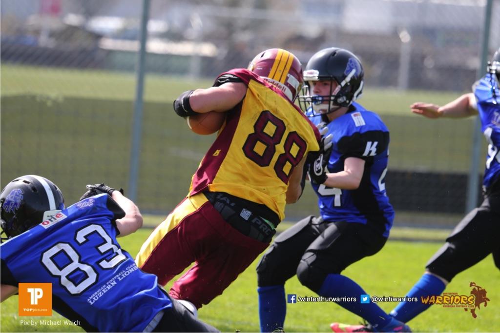 Beim US-Sports spiel der American Football  zwischen dem Luzern Lions und dem Winterthur Warriors (U19), on Sunday,  08. April 2018 auf der Allmend Süd in Luzern. (TOPpictures/Michael Walch)Bild-Id: WAM_35395