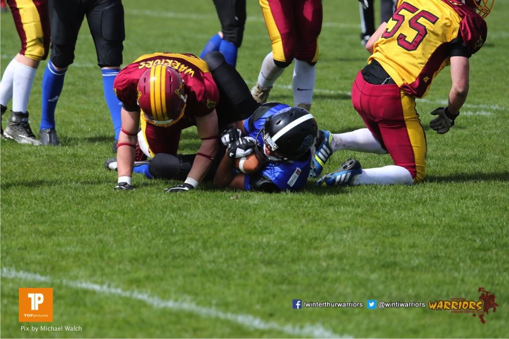 Beim US-Sports spiel der American Football  zwischen dem Luzern Lions und dem Winterthur Warriors (U19), on Sunday,  08. April 2018 auf der Allmend Süd in Luzern. (TOPpictures/Michael Walch)Bild-Id: WAM_35445