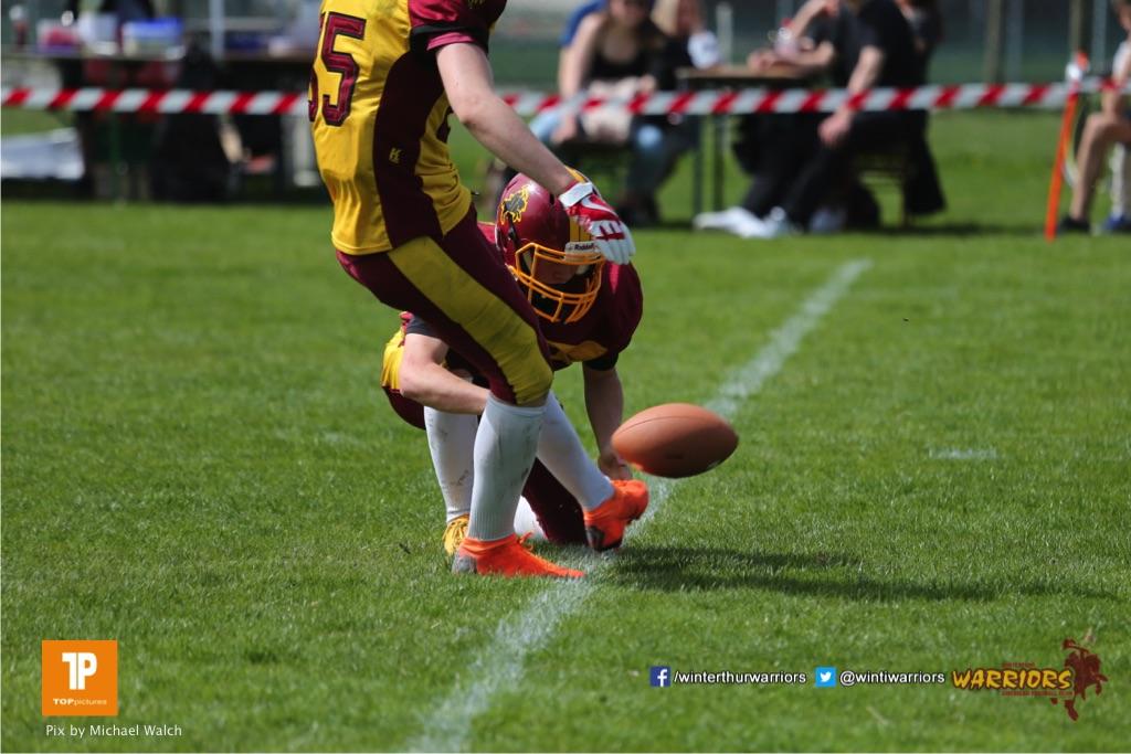 Beim US-Sports spiel der American Football  zwischen dem Luzern Lions und dem Winterthur Warriors (U19), on Sunday,  08. April 2018 auf der Allmend Süd in Luzern. (TOPpictures/Michael Walch)Bild-Id: WAM_35478