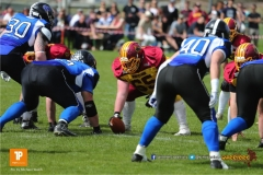 Roland Faessler #65 (Winterthur),beim US-Sports spiel der American Football  zwischen dem Luzern Lions und dem Winterthur Warriors, on Sunday,  08. April 2018 auf der Allmend Süd in Luzern. (TOPpictures/Michael Walch)Bild-Id: WAM_35572