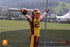 Pascal Ruegg #22 (Winterthur),beim US-Sports spiel der American Football  zwischen dem Luzern Lions und dem Winterthur Warriors, on Sunday,  08. April 2018 auf der Allmend Süd in Luzern. (TOPpictures/Michael Walch)Bild-Id: WAM_35577