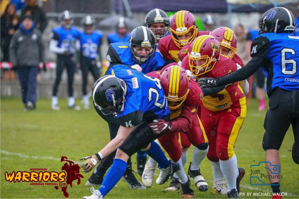 Beim US-Sports spiel der American Football U 19 zwischen dem Luzern Lions und dem Winterthur Warriors, on Sunday,  14. April 2019 auf der Allmend  in Luzern. (Just Pictures/Michael Walch) Bild-Id: WAM_56422