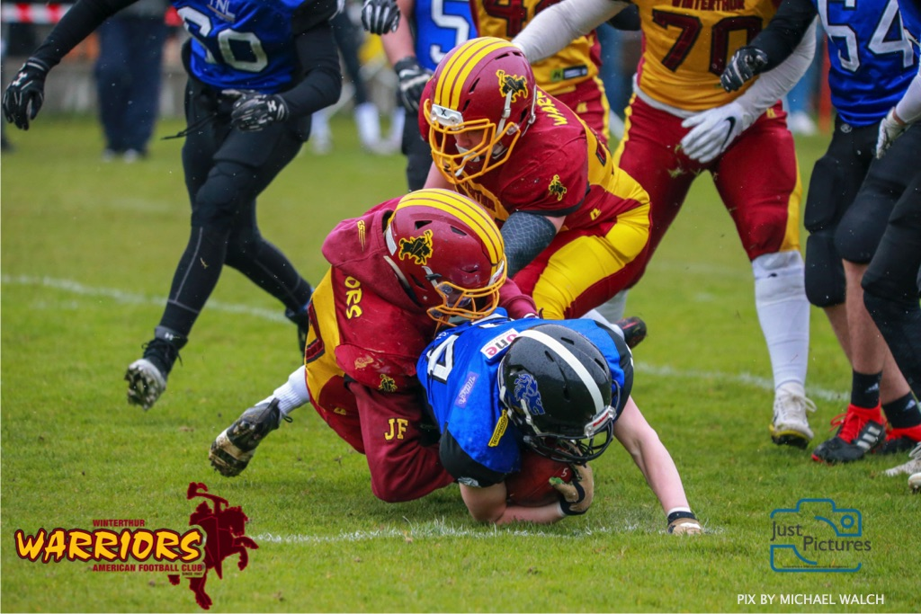 Beim US-Sports spiel der American Football U 19 zwischen dem Luzern Lions und dem Winterthur Warriors, on Sunday,  14. April 2019 auf der Allmend  in Luzern. (Just Pictures/Michael Walch) Bild-Id: WAM_56424