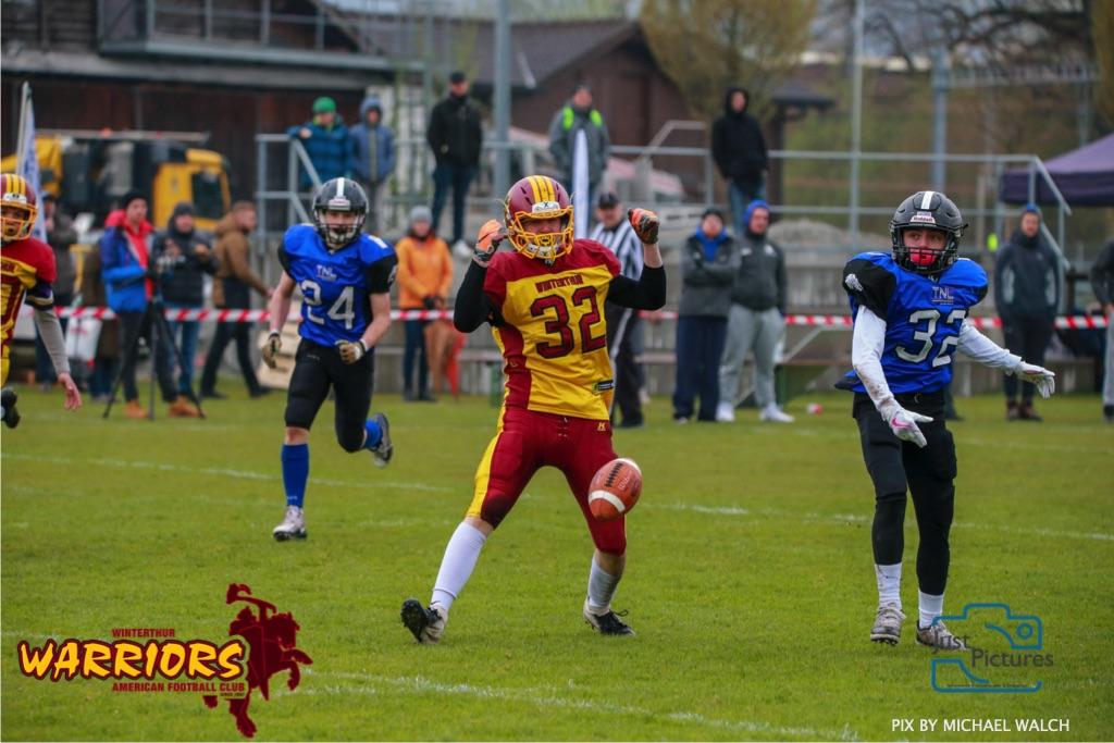 Beim US-Sports spiel der American Football U 19 zwischen dem Luzern Lions und dem Winterthur Warriors, on Sunday,  14. April 2019 auf der Allmend  in Luzern. (Just Pictures/Michael Walch) Bild-Id: WAM_56528