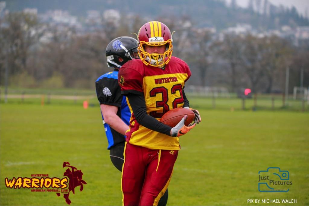 Beim US-Sports spiel der American Football U 19 zwischen dem Luzern Lions und dem Winterthur Warriors, on Sunday,  14. April 2019 auf der Allmend  in Luzern. (Just Pictures/Michael Walch) Bild-Id: WAM_56557
