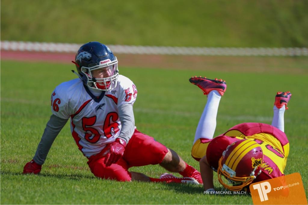 Beim US-Sports spiel der American Football - U16 zwischen dem Calanda Broncos U16 und dem Winterthur Warriors  U16, on Sunday,  26. August 2018 auf dem Sportplatz Looren in Witikon. (TOPpictures/Michael Walch)  Bild-Id: WAM_45349