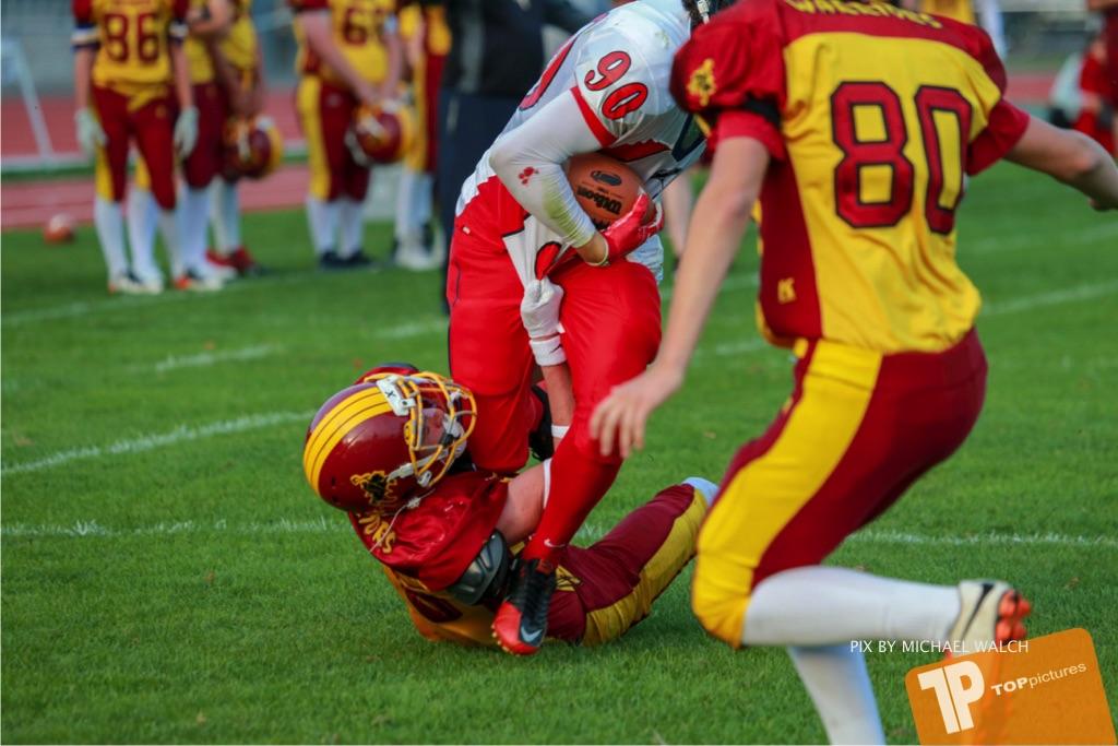 Beim US-Sports spiel der American Football - U16 zwischen dem Winterthur Warriors U16 und dem Calanda Broncos U16, on Saturday,  29. September 2018 im Sportanlage Deutweg in Winterthur . (TOPpictures/Michael Walch) Bild-Id: WAM_46102