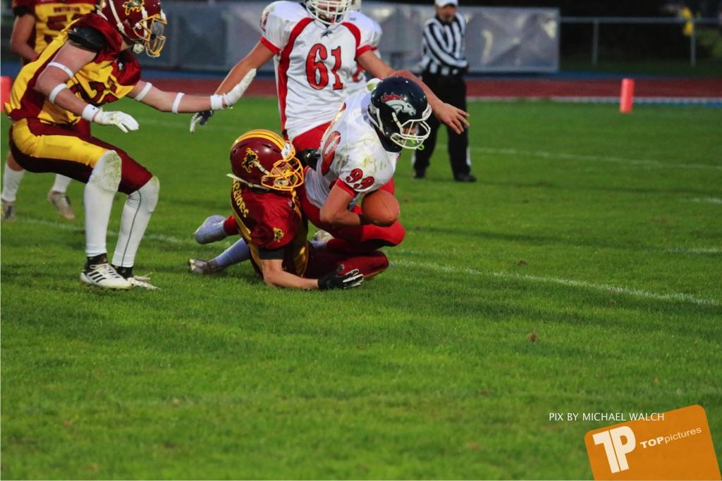 Beim US-Sports spiel der American Football - U16 zwischen dem Winterthur Warriors U16 und dem Calanda Broncos U16, on Saturday,  29. September 2018 im Sportanlage Deutweg in Winterthur . (TOPpictures/Michael Walch) Bild-Id: WAM_46192