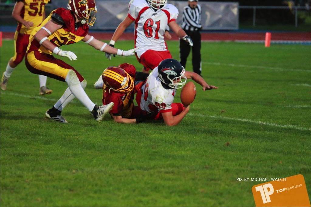 Beim US-Sports spiel der American Football - U16 zwischen dem Winterthur Warriors U16 und dem Calanda Broncos U16, on Saturday,  29. September 2018 im Sportanlage Deutweg in Winterthur . (TOPpictures/Michael Walch) Bild-Id: WAM_46193