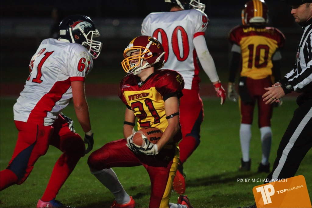 Beim US-Sports spiel der American Football - U16 zwischen dem Winterthur Warriors U16 und dem Calanda Broncos U16, on Saturday,  29. September 2018 im Sportanlage Deutweg in Winterthur . (TOPpictures/Michael Walch) Bild-Id: WAM_46213