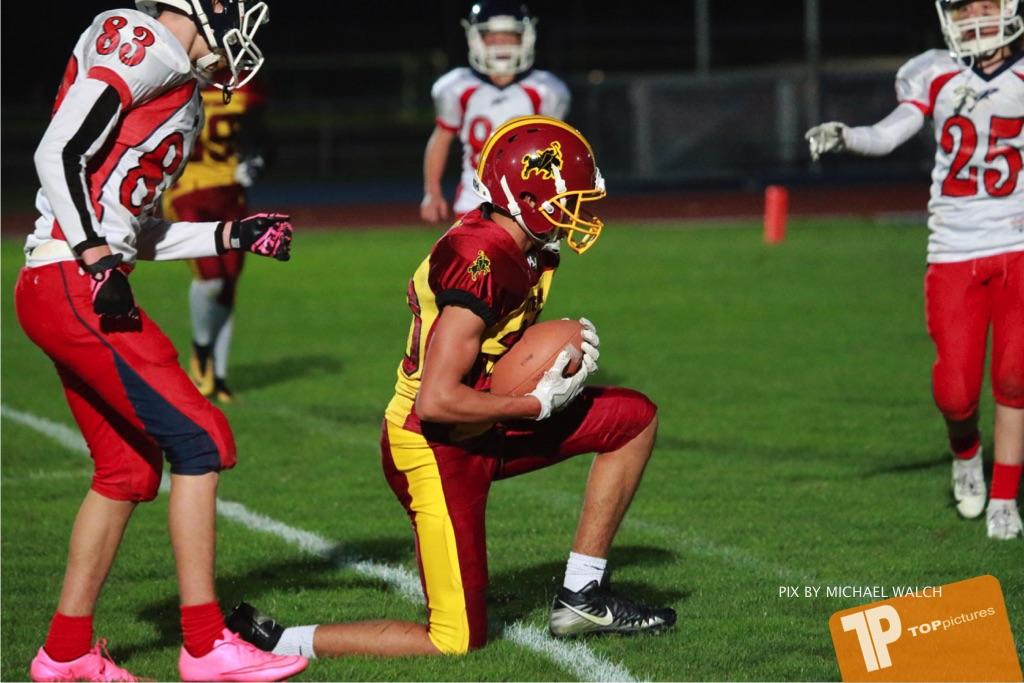 Beim US-Sports spiel der American Football - U16 zwischen dem Winterthur Warriors U16 und dem Calanda Broncos U16, on Saturday,  29. September 2018 im Sportanlage Deutweg in Winterthur . (TOPpictures/Michael Walch) Bild-Id: WAM_46223
