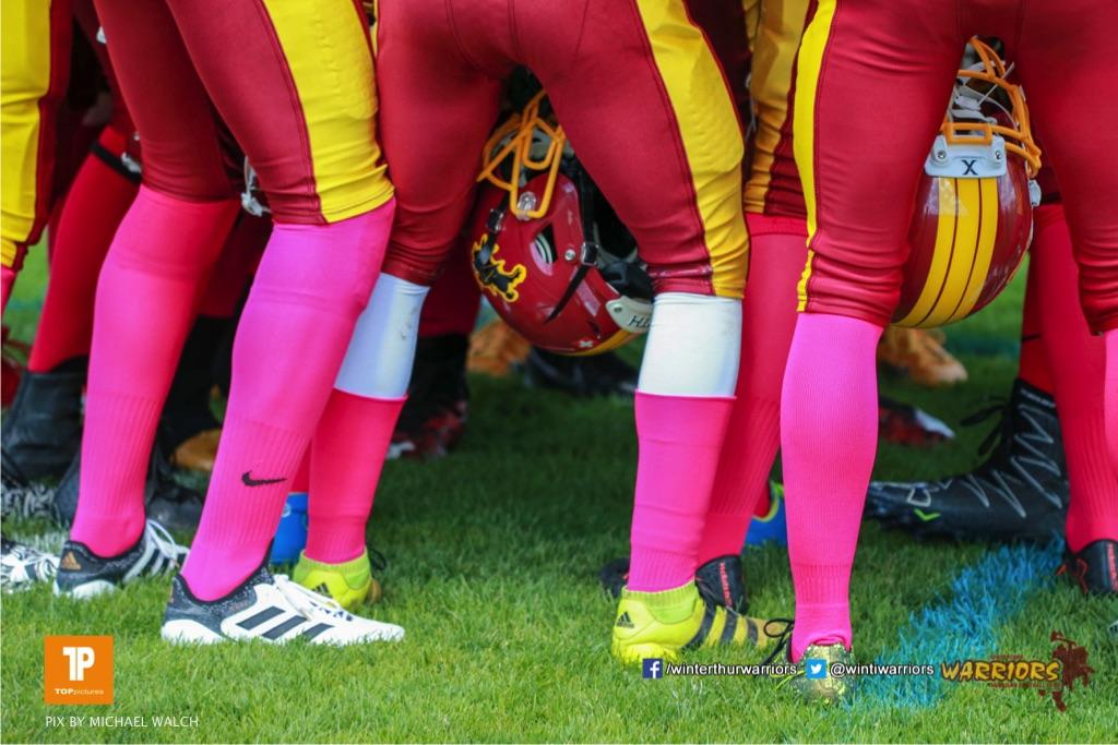 Heute Spielen die Warriors in Pink ,beim US-Sports spiel der American Football U19 zwischen dem Winterthur Warriors  U19 und dem Bern Grizzlies, on Saturday,  02. June 2018 auf dem Sportplatz Deutweg in Winterthur. (TOPpictures/Michael Walch)  Bild-Id: WAM_42794
