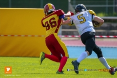 Silas Hauser #86 (Winterthur),beim US-Sports spiel der American Football U19 zwischen dem Winterthur Warriors  U19 und dem Bern Grizzlies, on Saturday,  02. June 2018 auf dem Sportplatz Deutweg in Winterthur. (TOPpictures/Michael Walch)  Bild-Id: WAM_42871
