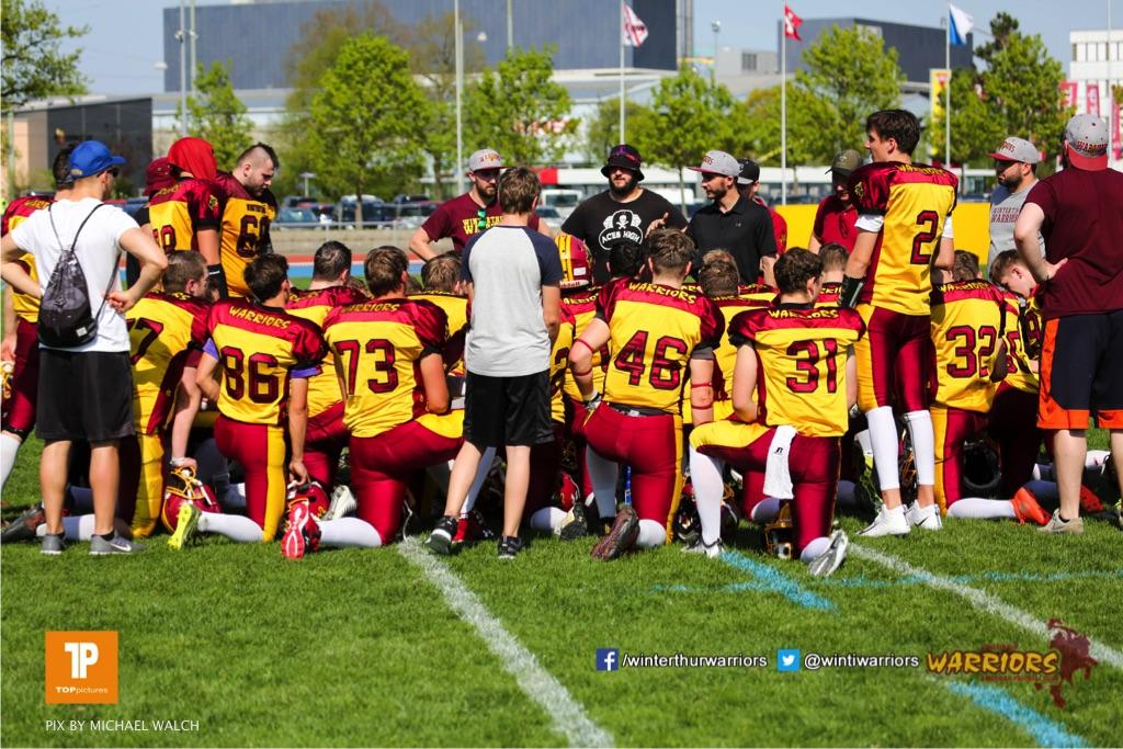 Beim US-Sports spiel der American Football - U 19 zwischen dem Winterthur Warriors und dem Luzern Lions  U19, on Saturday,  21. April 2018 auf dem  Winterthurer Deutweg in Winterthur. (TOPpictures/Michael Walch)Bild-Id: WAM_37045