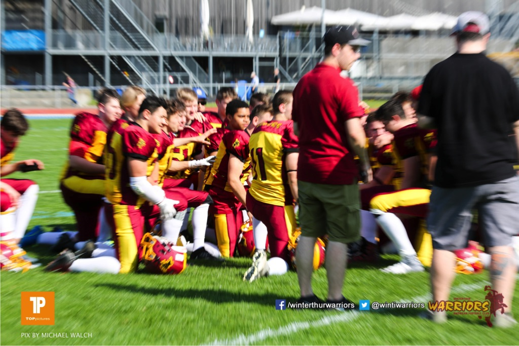 Beim US-Sports spiel der American Football - U 19 zwischen dem Winterthur Warriors und dem Luzern Lions  U19, on Saturday,  21. April 2018 auf dem  Winterthurer Deutweg in Winterthur. (TOPpictures/Michael Walch)Bild-Id: WAM_37052