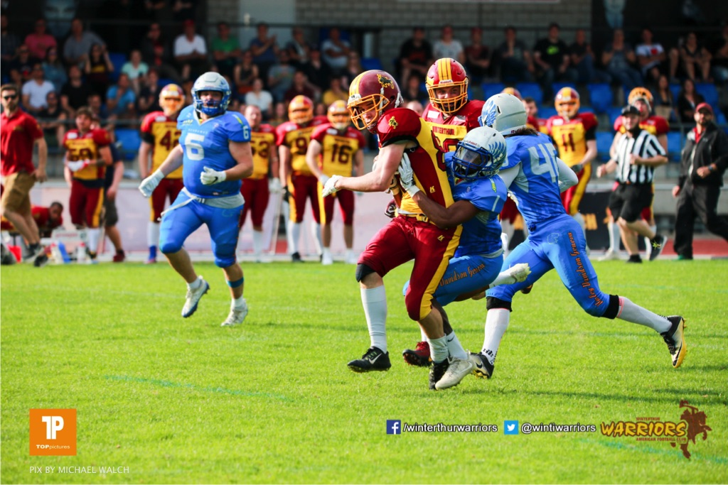 Beim US-Sports spiel der American Football  zwischen den Winterthur Warriors und den Geneva Seahawks, on Saturday,  12. May 2018 im Sportpark Deutweg in Winterthur . (TOPpictures/Michael Walch) Bild-Id: WAM_40016