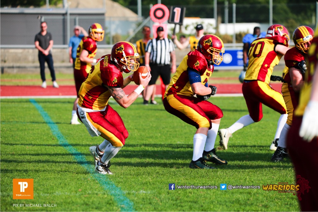 Beim US-Sports spiel der American Football  zwischen den Winterthur Warriors und den Geneva Seahawks, on Saturday,  12. May 2018 im Sportpark Deutweg in Winterthur . (TOPpictures/Michael Walch) Bild-Id: WAM_40031