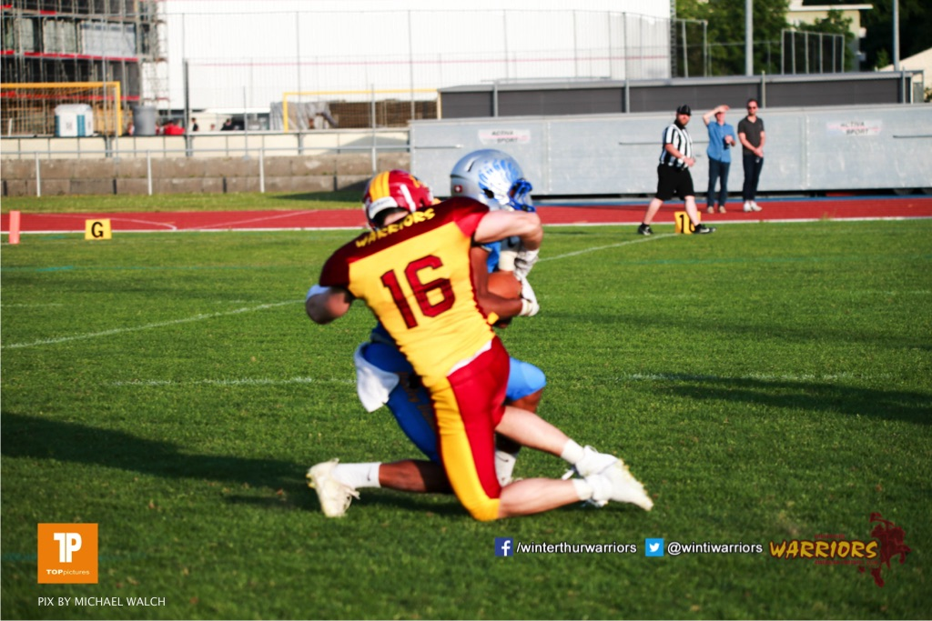 Beim US-Sports spiel der American Football  zwischen den Winterthur Warriors und den Geneva Seahawks, on Saturday,  12. May 2018 im Sportpark Deutweg in Winterthur . (TOPpictures/Michael Walch) Bild-Id: WAM_40056