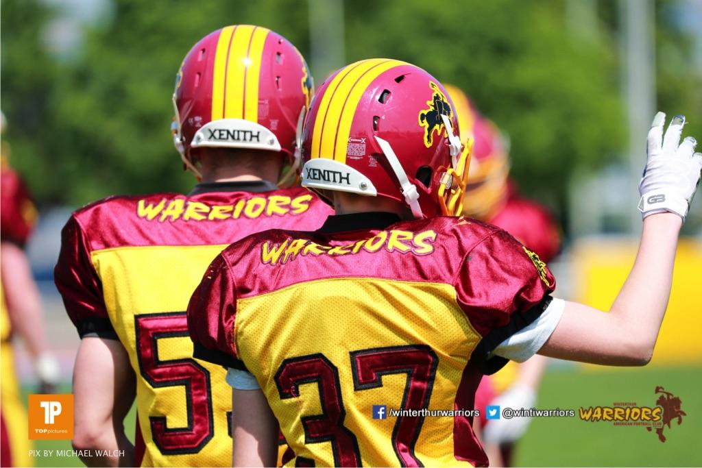 Marco Licini #37 (Winterthur),beim US-Sports spiel der American Football  zwischen den Winterthur Warriors und den Geneva Seahawks U19, on Saturday,  12. May 2018 im Sportpark Deutweg in Winterthur . (TOPpictures/Michael Walch) Bild-Id: WAM_39836
